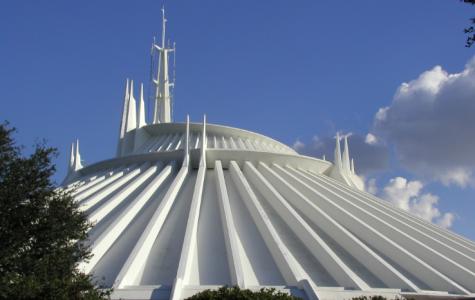 Disney Shuts Down Space Moutain