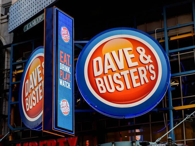 Dave and Buster's Closes in Duluth