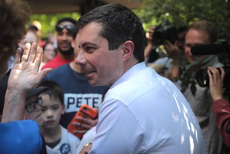 Pete Buttigieg, former Indiana mayor, at a rally greeting his supporters